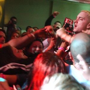 Eminem held up by the crowd 8 Mile Release Party