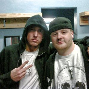 Eminem with People 020